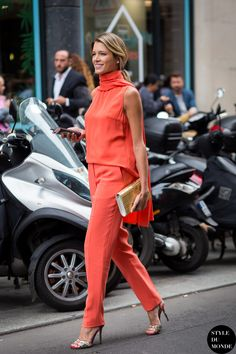 Helena Bordon's Best Street Style Outfits Fashion 2017, Star Fashion, Street Fashion, Fashion Outfits, Fashion Trends, Outfits 2016, Fashion Shoot, Fashion Bloggers, Spring Outfits
