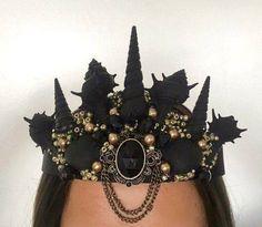 Sea Witch Crown for Halloween Dark Mermaid, Mermaid Crown, The Little Mermaid, Mermaid Headpiece, Mermaid Mermaid, Seashell Crown, Shell Crowns, Mermaid Parade, Diy Crown