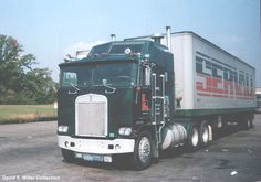 This Kingsway/Servall Kenworth Aerodyne was parked at a Union 76 Truckstop near Whitestown, IN in 1984. David E. Miller Collection.