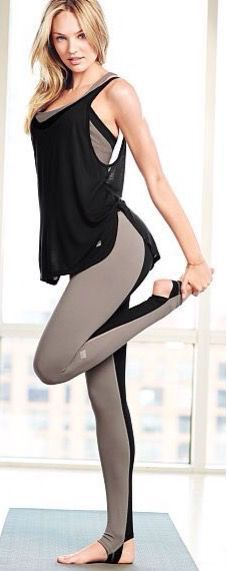 Sexy Workout Pants for Women - Victoria's Secret Sport.looks like a full body suit Yoga Fashion, Sport Fashion, Fitness Fashion, Womens Workout Outfits, Sport Outfits, Mode Yoga, Outfit Gym, Gym Outfit For Women, Outfits Leggins