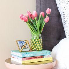 Make this mess-free polka dot vase in 5 minutes!
