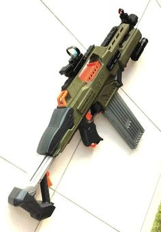 RapidStrike goes Laser Tag! Sci Fi Weapons, Concept Weapons, Nerf Rifle, Modified Nerf Guns, Nerf Darts, Nerf Mod, Cool Masks, Cool Guns, Assault Rifle