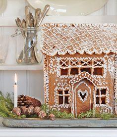 I just love Gingerbread houses. :) #Christmas #Pepperkakehus