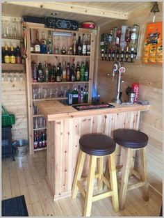 Trendy Home Bar Lounge Ideas Man Cave Ideas Diy Bar, Diy Home Bar, Bars For Home, Mini Bar At Home, Home Bar Decor, Diy Pallet Bar, Home Pub, Bar Lounge, Lounge Ideas