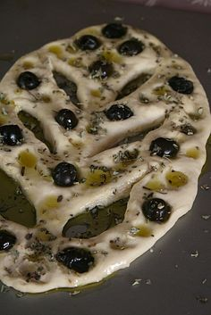 Fougasse olives-origan avant cuisson