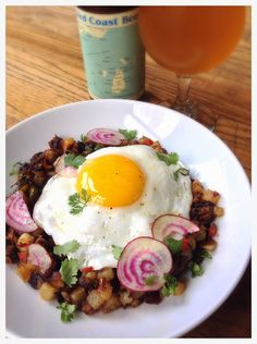 The Beer and Food Project: Smoked Beef Short Rib Hash with Fried Egg & Third Coast Beer