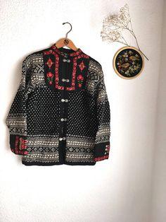 Vintshe norwegische Pullover Jacke Rosen Folk verziert Strick Cardigan Metall Verschlüsse Nordic neue Wolle Pullover Viking nordischen Folk Wandern im freien