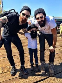 Levi Stocke & Joel Alexander, and a little guy! I die. I Love Beards, Great Beards, Awesome Beards, Estilo Hipster, Hipster Man, Hipster Beard, Hipsters, Joel Alexander, Hair And Beard Styles