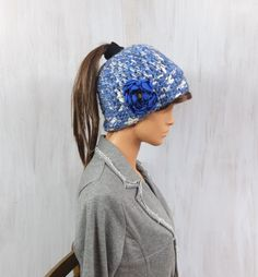 Messy bun beanie Running hat Crochet beanie Pony tail beanie hat Woman Girl hat For her Winter gift Hat with flower Navy blue white Trendy - pinned by pin4etsy.com