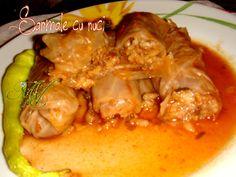 7 sarmale cu nuci Slow Cooker, Meat, Chicken, Food, Essen, Meals, Crock Pot, Yemek, Eten