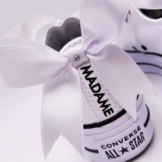 Wedding Sneakers, Wedding Shoes, Wedding Day, Up Shoes, Shoe Art, Custom Sneakers, Just Married, Converse All Star, Just In Case