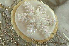 snowflake fondant cookies