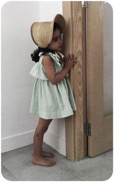 no sin valentina adorable kids style Little Girl Fashion, Toddler Fashion, Boy Fashion, Inspiration Mode, Kids Hats, Kid Styles, Little Girl Dresses, Kind Mode, Kids Wear