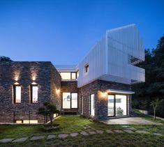 Gimhae Heung-dong House,© Yoon Joonhwan