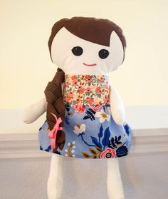 Just in time for your holiday sewing - use my fabric doll pattern to make your little one a sweet doll with braid-able hair! Fabric Doll Pattern, Fabric Dolls, Doll Clothes Patterns, Doll Patterns, Sewing Patterns Free, Free Sewing, Easy Sewing Projects, Sewing Tutorials, Sewing Ideas