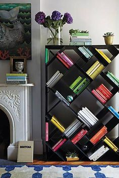 You could browse variety collection of bookshelves to get the ideal for your home. Consider space you wish to set the bookshelves. Home Furniture, Furniture Design, Furniture Storage, Black Furniture, Creative Bookshelves, Bookshelf Ideas, Bookshelf Design, Book Shelves, Black Bookshelf