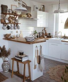 Boho Kitchen, Kitchen Decor, Kitchen Layout, Kitchen Design, Kitchen Organisation, Scandinavian Kitchen, Natural Home Decor, Decoration Design, Minimalist Kitchen
