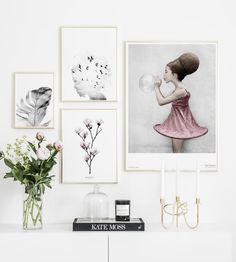Gallery wall Vee Speers Dreamer - Wall art with beautiful posters and art prints - Find inspiration for your personal wall art with posters & art prints from Posterstore.se Spice up your living room or bedroom.
