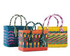 Tá procurando bolsa de praia pro verão? Blog LP te ajuda! A Animale lançou uma coleção cápsula em parceria com a Nannacay! Clica!