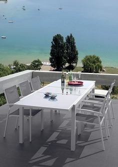 Salon de jardin MATAI Structure aluminium laqué blanc. / de chez ...