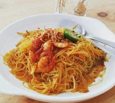 Lately, learn how to make misiam (fried tumeric vermiceili) wit my mum (her proud's food) Thx, mum