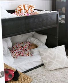 Toddlers bunk-beds - I like the solid side instead of open rails.