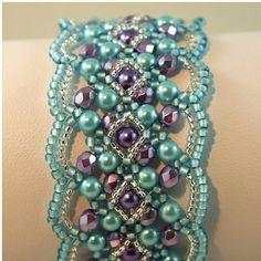 Handgeflochtene Perlen Armband in weiche von ChainedByLightness