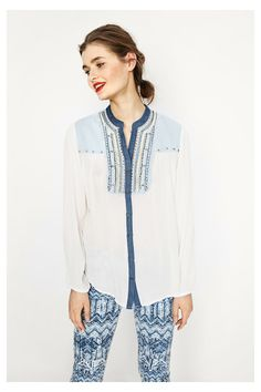 Shirt Jeans Desigual. Ontdek de nieuwe damescollectie lente/zomer 2017.