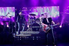 クイーン「アダム・ランバートは自分なりのやり方でパフォーマンスしている」 | Queen | BARKS音楽ニュース http://www.barks.jp/news/?id=1000105767#utm_source=tw_itm_barks&utm_medium=social&utm_campaign=tw_auto… #BARKS @barks_newsさんから pic.twitter.com/jVnqzV6BNi