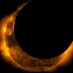 View the picture 'Satellites Snap Solar Eclipse Pictures From Space' from the photo gallery 'Solar eclipse photos from space' on Yahoo News. This image taken by the Hinode satellite shows the annular solar eclipse at its maximum on May Solar Eclipse Photo, Eclipse Images, Eclipse Photos, Total Eclipse, Cosmos, All Nature, Science Nature, Cool Pictures, Sun Moon