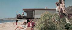 AMERICA'S MID-CENTURY ARCHITECTURE IN PHOTOS OF JULIUS SHULMAN http://essentialhome.eu/blog/americas-mid-century-architecture-photos-julius-shulman/