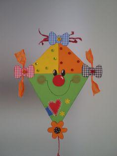 Animal Crafts For Kids, Paper Crafts For Kids, Preschool Crafts, Diy For Kids, Bird Crafts, Foam Crafts, Hobbies For Kids, Hobbies And Crafts, Kite Decoration
