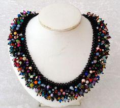 kunterbunte Fransenkette von Isabella´s Perlenkisterl auf DaWanda.com