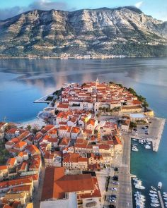 Croatia - Architecture and Urban Living - Modern and Historical Buildings - City Planning - Travel Photography Destinations - Amazing Beautiful Places Holidays Around The World, Around The Worlds, Montenegro, Croatia Tours, Korcula Croatia, Places To Travel, Places To Visit, Visit Croatia, Belle Villa