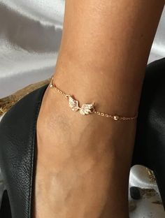 Anklets, foot jewelry, bronze angel wings, jewelry, accessories for women … - new season bijouterie Bridesmaid Accessories, Wedding Accessories, Wedding Jewelry, Women Accessories, Jewelry Accessories, Wedding Rings, Ankle Jewelry, Ankle Bracelets, Cute Jewelry