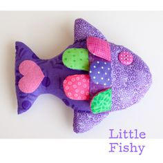 .: August 16 - Little Fishy Pattern and Tutorial This is lovely and the blog is great. There are so many creative people out there, thanks thanks thanks