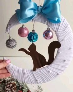 Diy Crafts Hacks, Diy Crafts For Gifts, Diy Home Crafts, Christmas Projects, Creative Crafts, Easter Crafts, Holiday Crafts, Christmas Wreaths, Christmas Crafts