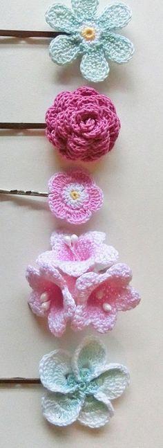Knitulator sucht 'Schmuckideen: #Häkelblumen #Spangen #Spangenbehäkelt #häkeln #Häkelapp www.knitulator.com