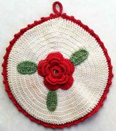 Round Rose Potholder – Free Crochet Pattern