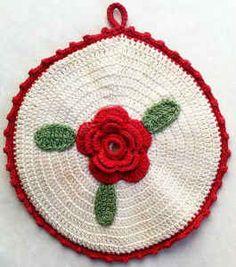 Best Free Crochet » Round Rose Potholder – Free Crochet Pattern ☆•★Teresa Restegui http://www.pinterest.com/teretegui/★•☆