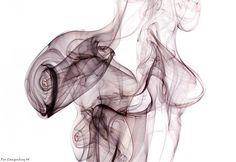 25 Stunning Examples of Shape-Shifting Smoke Art - My Modern Metropolis