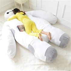 This is the Baymax bed from Japanese online store 'DeNA Shopping'. It's as big as the real thing, measuring in at seven-and-a-half feet, and is probably as huggable too. It might not be able to fight villains, but it sure can give you a good night's sleep with its soft, plush body.