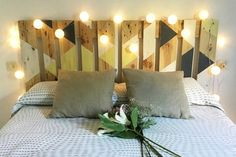 Headboard March, of pallets recycled. Headboard March, of pallets recycled. Headboard made of pallets recycled. Dimensions: Width: 160 cm H. Headboard Designs, Headboard Ideas, Diy Bed Headboard, Wood Pallet Furniture, Headboards For Beds, Room Inspiration, Diy Home Decor, Bedroom Decor, Interior Design