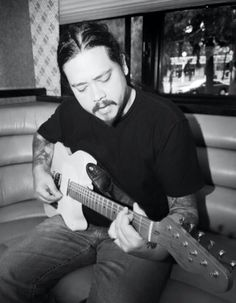 Chi Chi Cheng, Gorgeous Men, Cool Bands, Great Artists, Soundtrack, Good Music, Musicians, Colorado, Guitar