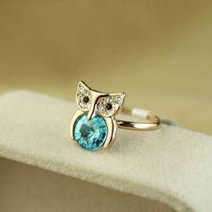 Glamorous 18K Gold Diamond Satellite stone Owl Women's Rings