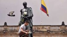 Derechos de autor de la imagen                  AFP                  Image caption                     Bolivar soñó con una federación poderosa. Su idea no sobrevivió mucho tiempo.   Si la Gran Colombia existiese hoy, sería una nación de 96 millones de habitantes y 2,5 millones de kilómetros cuadrados de territorio. Las cuatro naciones que alguna vez formaron la alianza soñada por Simón Bolívar después de conseguir la independenci