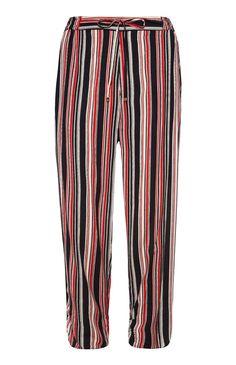 Lockere Hose mit schwarz-roten Streifen