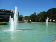 I loved the Fountains on the University of Houston Campus when I went there to take my certification exams. They were pretty. University Of Houston Campus, Nevada, Utah, Arizona, Texas, California, Alma Mater, Big Game, Maine