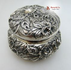 Repousse Dresser Jar S Kirk And Son Sterling Silver 1925