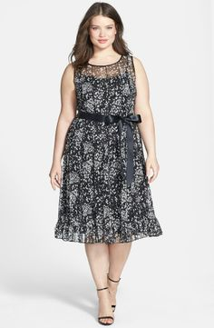Print Seamed Dress (Plus Size)